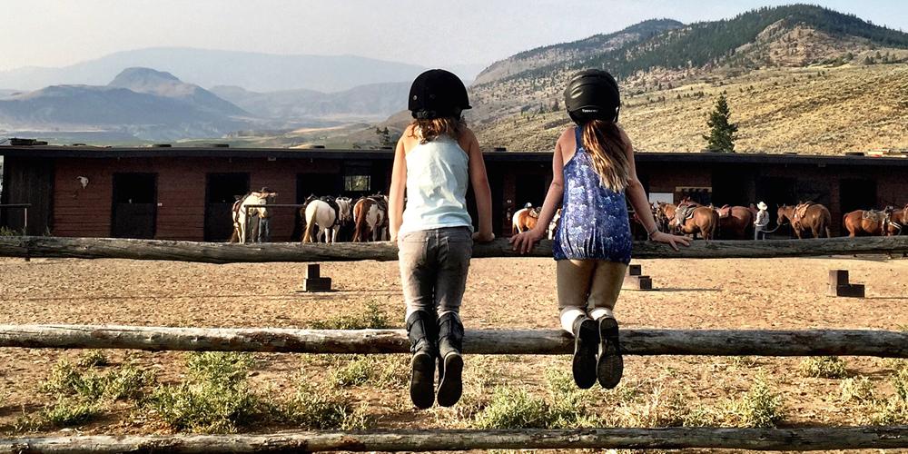 viaggio e pernottamento nei ranch del Canada
