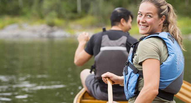 tour in canoa sui fiumi del Canada