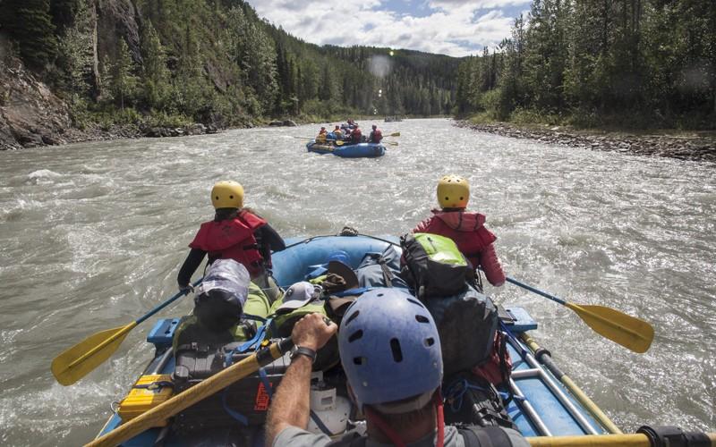 Un po' di adrenalina sui gommoni giu per i fiumi di Alberta e BC….wooooooowww