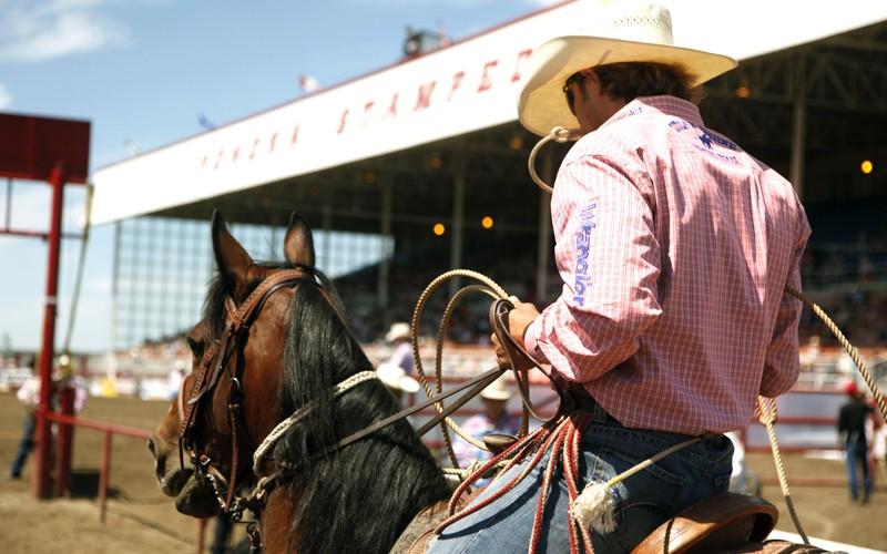 se ti mancano le atmosfere cowboy americane, a Calgary le troverai!